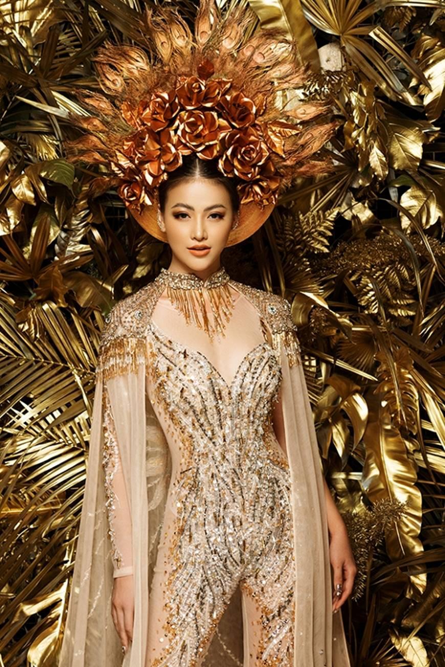 Cận cảnh bộ quốc phục huyền thoại giúp Hoa hậu Phương Khánh làm nên kỳ tích cho nhan sắc Việt-4
