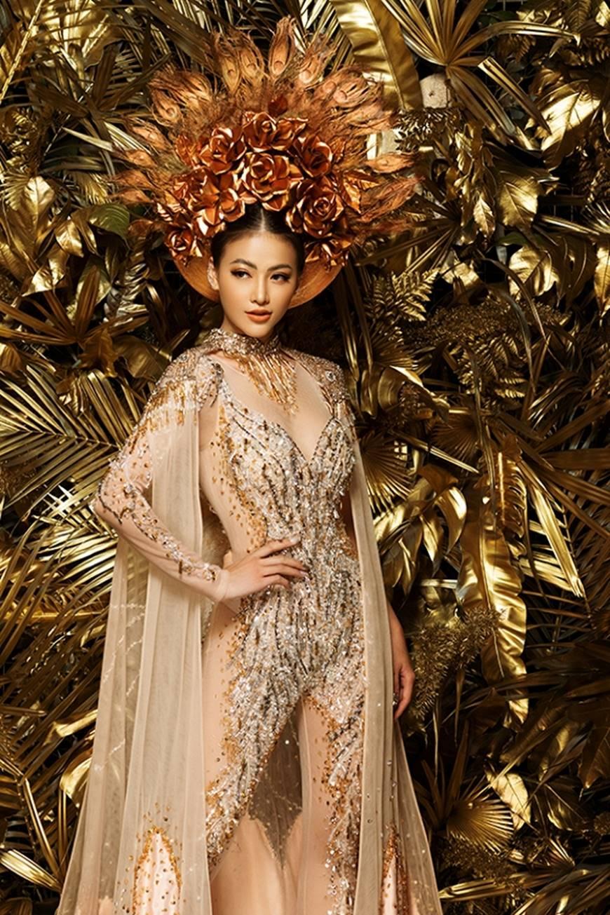 Cận cảnh bộ quốc phục huyền thoại giúp Hoa hậu Phương Khánh làm nên kỳ tích cho nhan sắc Việt-6