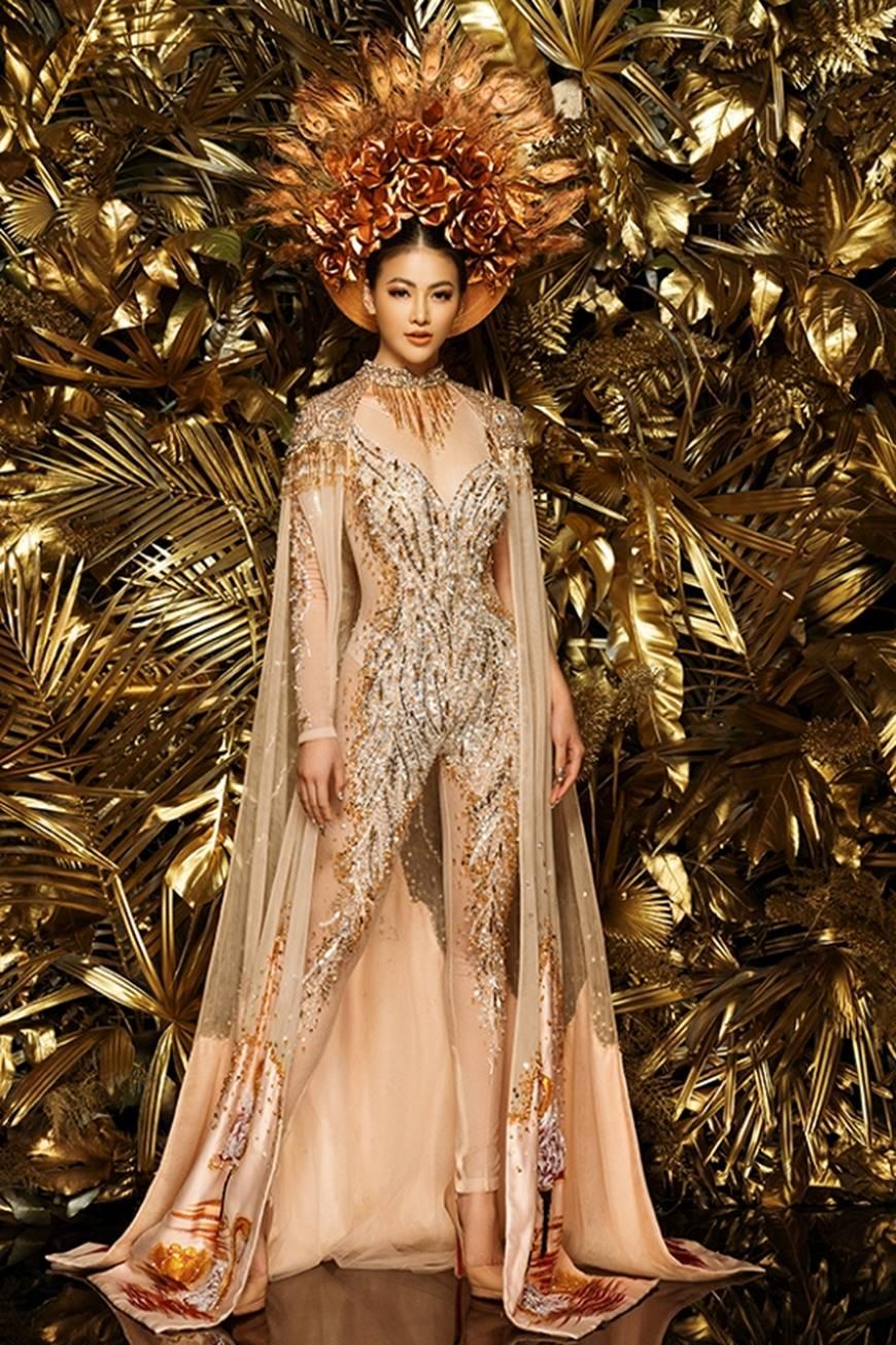 Cận cảnh bộ quốc phục huyền thoại giúp Hoa hậu Phương Khánh làm nên kỳ tích cho nhan sắc Việt-8