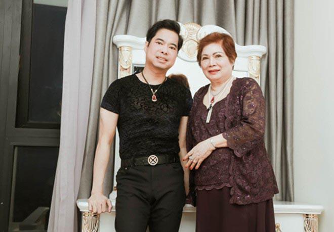 Cuộc sống của Ngọc Sơn ở tuổi 51: Cô đơn lẻ bóng, để mẹ ruột giữ toàn bộ tiền-1