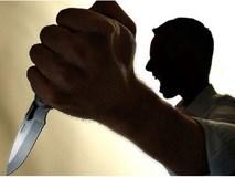 Người phụ nữ nghi bị người đàn ông say rượu chém nhiều nhát vào cổ, tử vong ngay tại nhà