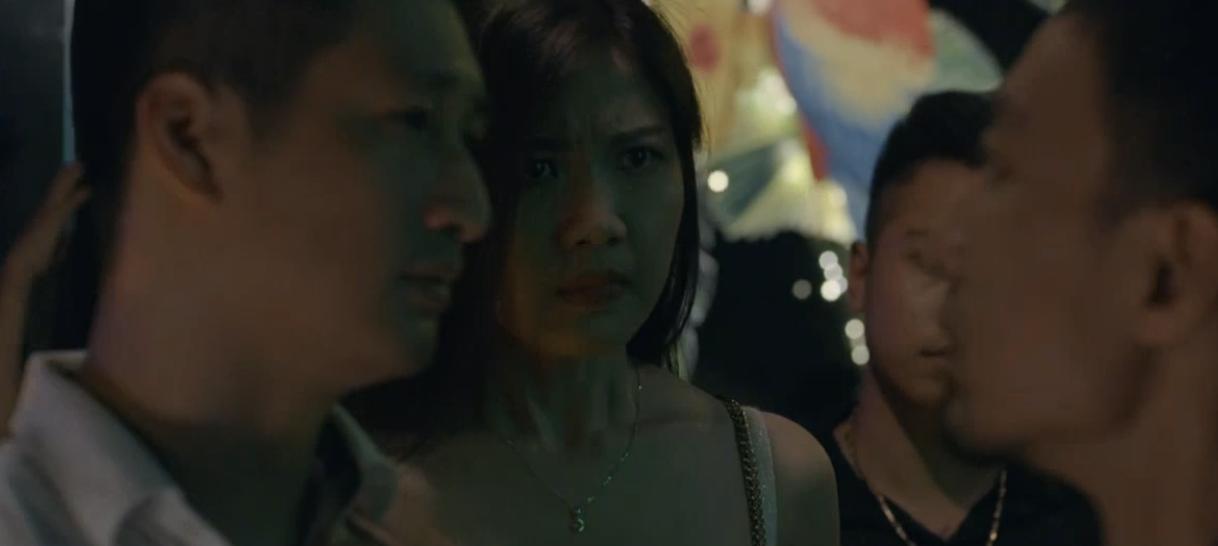 Hoa hồng trên ngực trái: Tiểu tam Trà từ chối nụ hôn của Thái nhưng lại để tình cũ bế lên giường-4