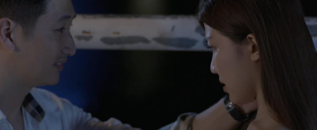 Hoa hồng trên ngực trái: Tiểu tam Trà từ chối nụ hôn của Thái nhưng lại để tình cũ bế lên giường-10