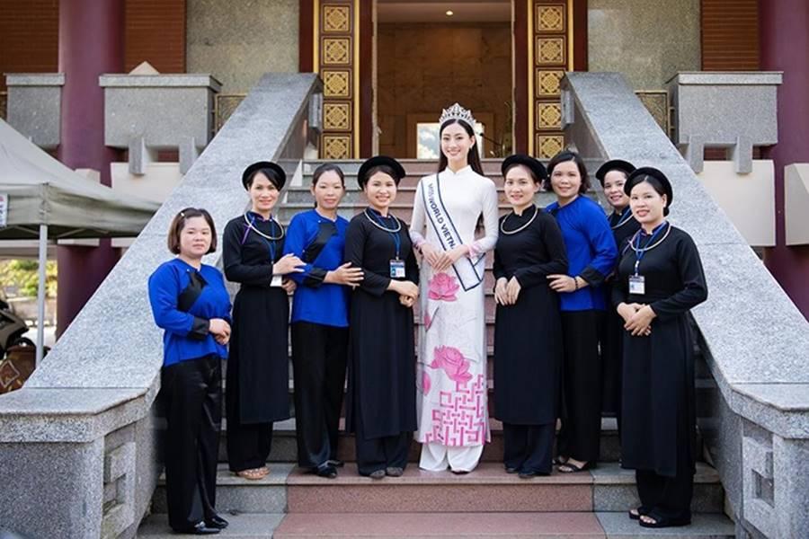 Hoa hậu Lương Thuỳ Linh thả dáng giữa chốn bồng lai tiên cảnh của Cao Bằng-1