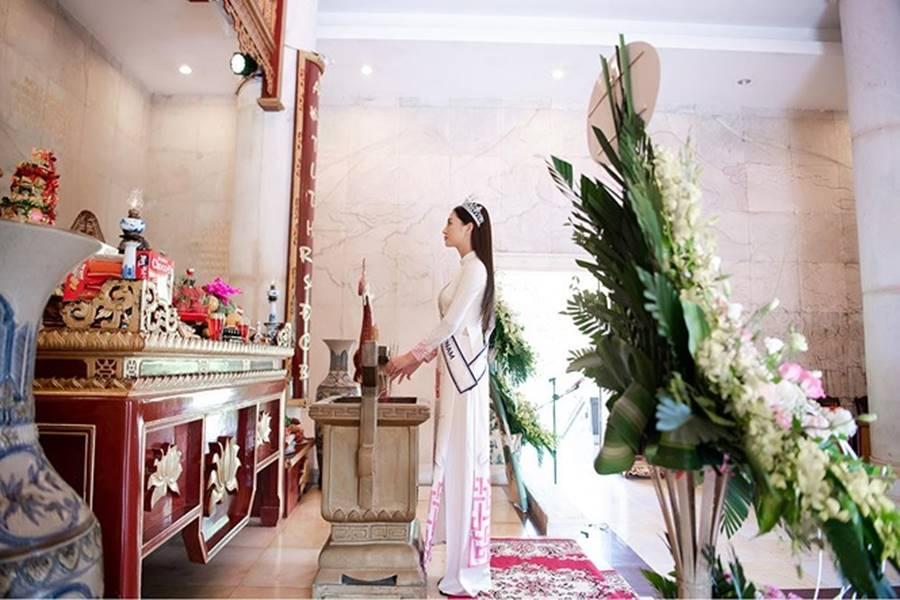 Hoa hậu Lương Thuỳ Linh thả dáng giữa chốn bồng lai tiên cảnh của Cao Bằng-2