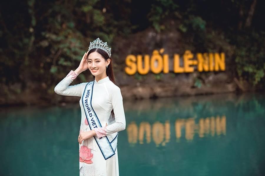 Hoa hậu Lương Thuỳ Linh thả dáng giữa chốn bồng lai tiên cảnh của Cao Bằng-6