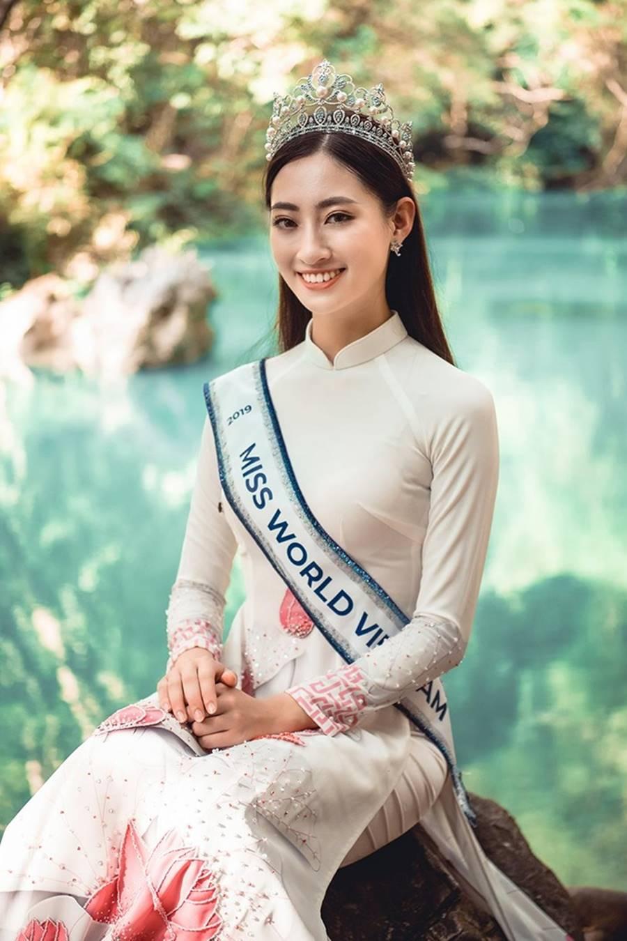 Hoa hậu Lương Thuỳ Linh thả dáng giữa chốn bồng lai tiên cảnh của Cao Bằng-13