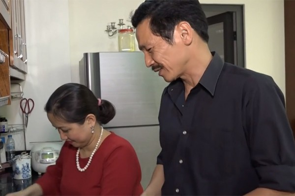 Người phụ nữ tần tảo hiền thục đằng sau thành công của NSƯT Trung Anh Về nhà đi con-4