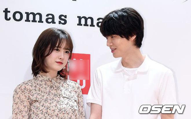 Hành trình từ gã si tình đến thánh cosplay cuồng vợ Ahn Jae Hyun: Ánh mắt mật ngọt hóa chê bai thô tục tựa khi nào!-6
