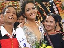 Hoa hậu H'Hen Niê thẳng thừng đáp trả khi bị nói gia đình không hề khó khăn, khổ sở như công chúng vẫn biết