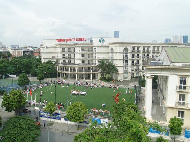 """Một trường Quốc tế tự phong"""" ở Hà Nội gây bức xúc khi bắt học sinh ở nhà nếu chưa đóng đủ tiền học phí-2"""