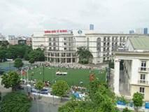 """Một trường Quốc tế """"tự phong"""" ở Hà Nội gây bức xúc khi bắt học sinh ở nhà nếu chưa đóng đủ tiền học phí"""