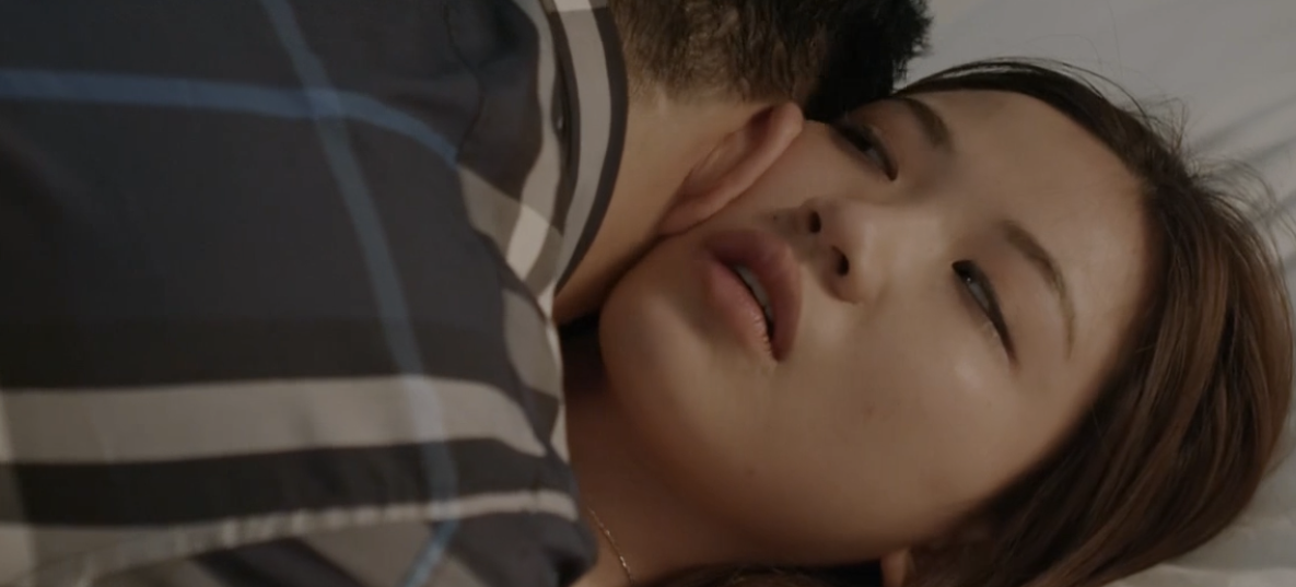 Hoa hồng trên ngực trái: Đỏ mặt xem cảnh tiểu tam hôn hít, lên giường với 2 diễn viên nam chỉ trong 1 tập phim-10