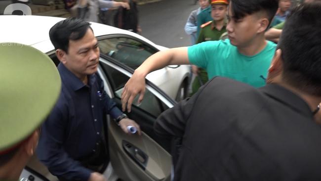 Nguyễn Hữu Linh bị tuyên phạt 18 tháng tù giam cho tội Dâm ô bé gái trong thang máy Sài Gòn-11