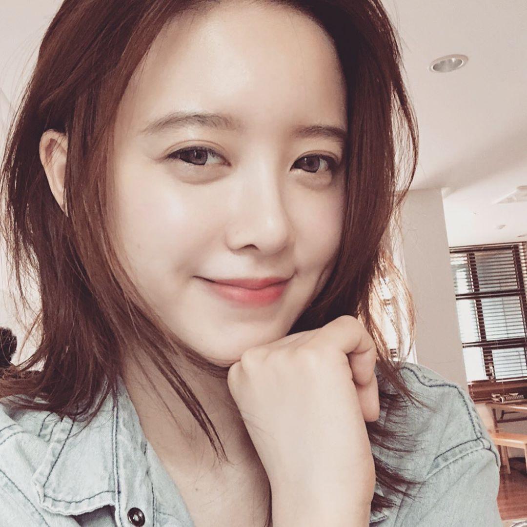 Ngắm làn da đẹp từng milimet của Goo Hye Sun cùng 5 tips skincare cô áp dụng-2