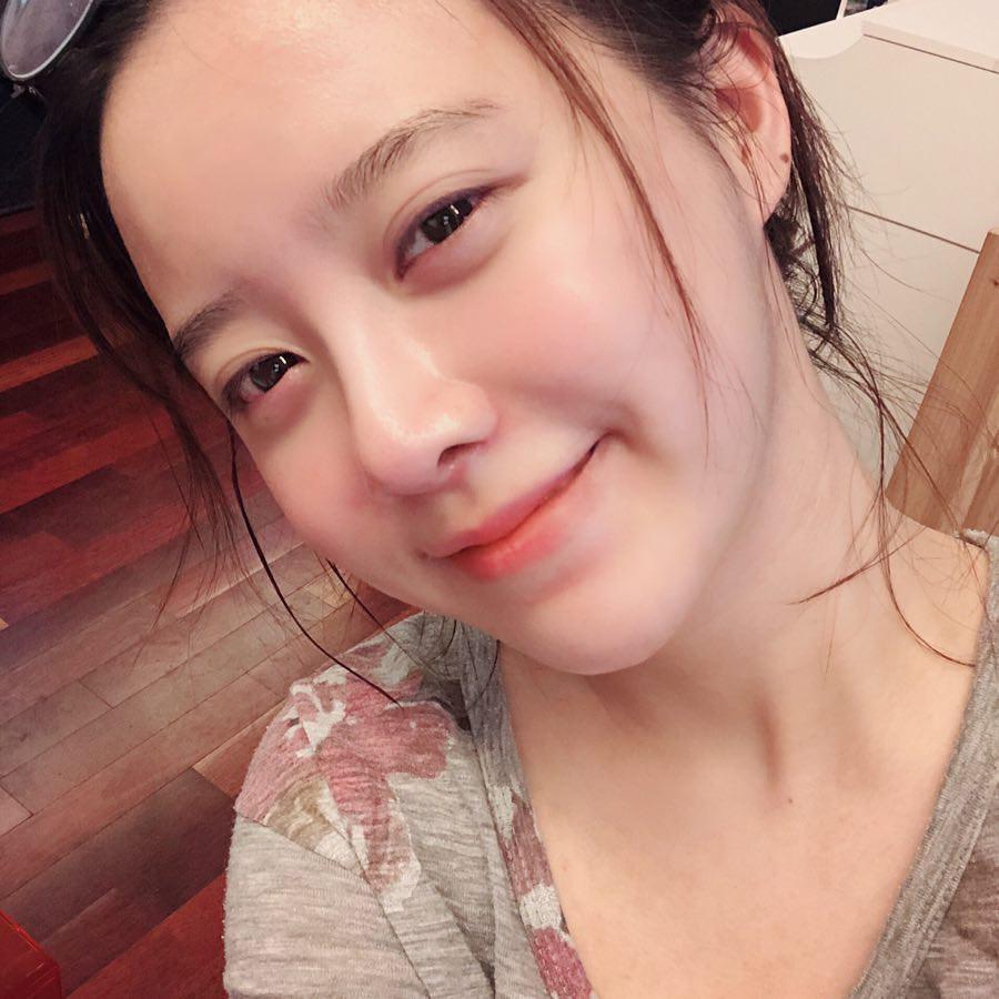 Ngắm làn da đẹp từng milimet của Goo Hye Sun cùng 5 tips skincare cô áp dụng-4