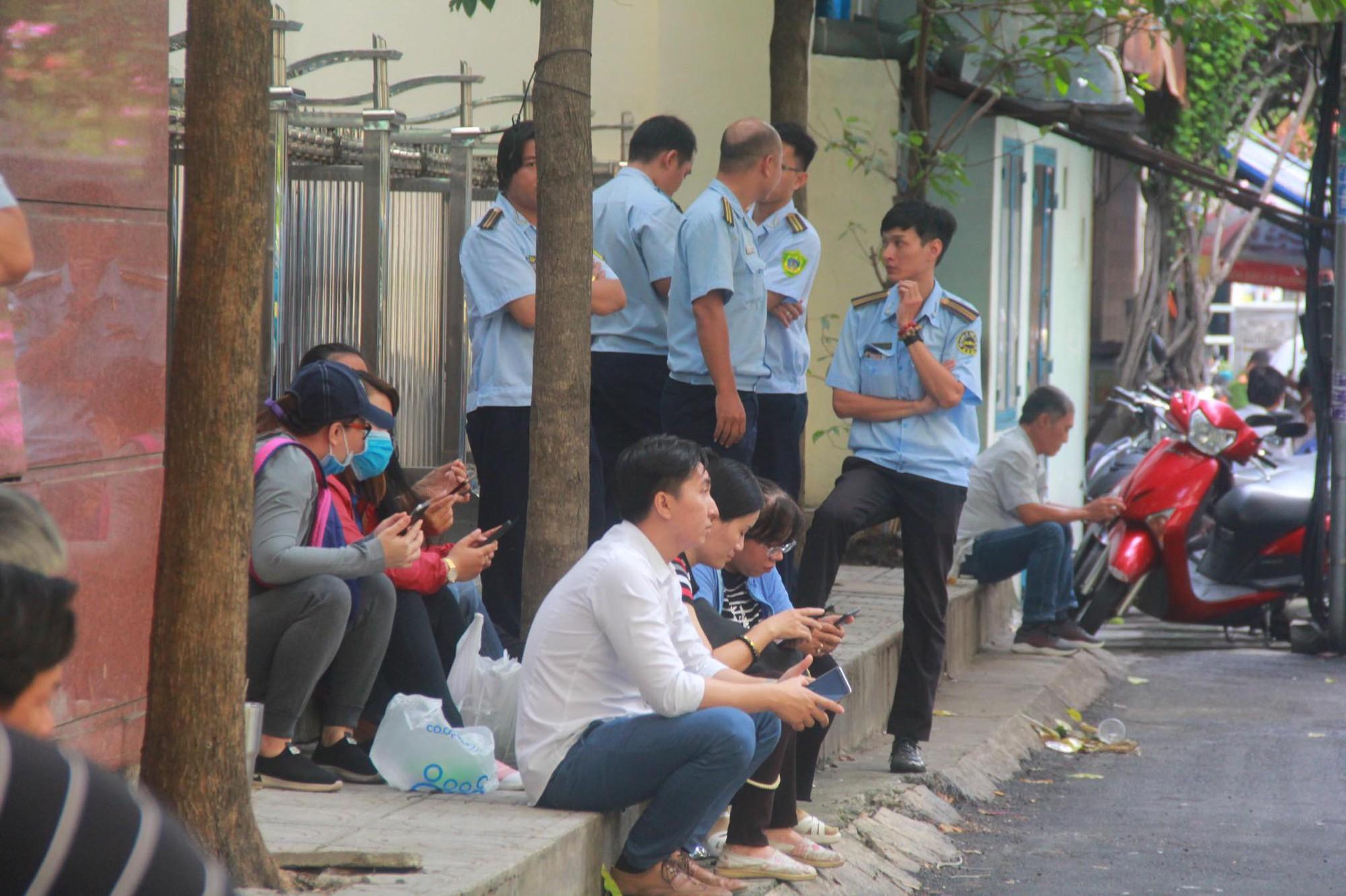 Nguyễn Hữu Linh bị tuyên phạt 18 tháng tù giam cho tội Dâm ô bé gái trong thang máy Sài Gòn-6