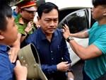 Nguyễn Hữu Linh mất bình tĩnh, lắc đầu khi nghe bản án 18 tháng tù-1