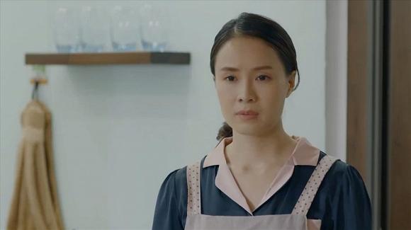 Trong phim Hoa hồng trên ngực trái bị chồng ngoại tình và bạo lực, ngoài đời cuộc sống của Hồng Diễm ra sao?-1