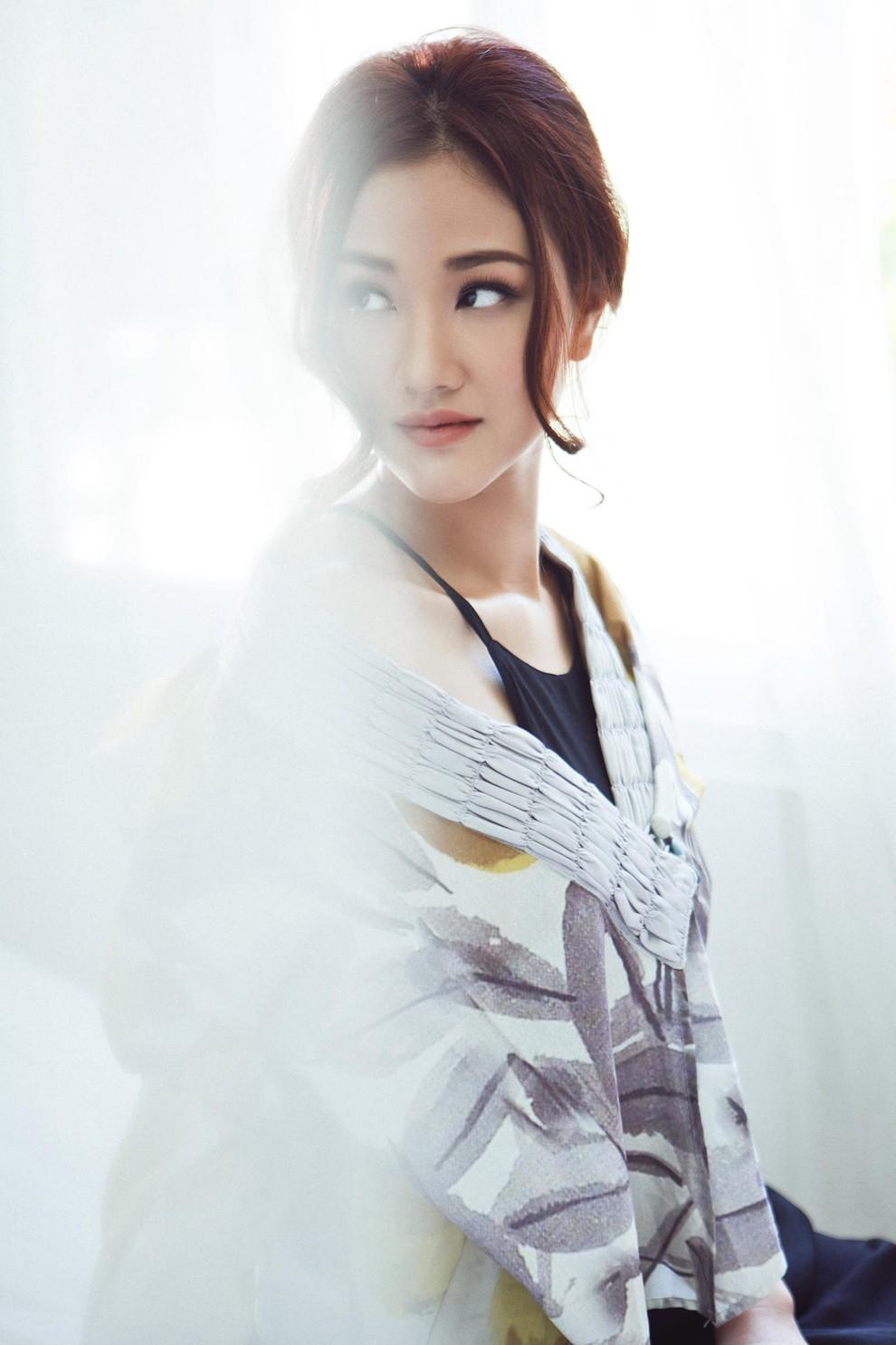 """Mẹ ruột Bảo trong Về nhà đi con"""" - Maya từng là nhân vật chính của cuộc đấu đá người thứ 3 kịch tính nhất showbiz Việt giờ lại có cuộc sống không ai ngờ tới-2"""