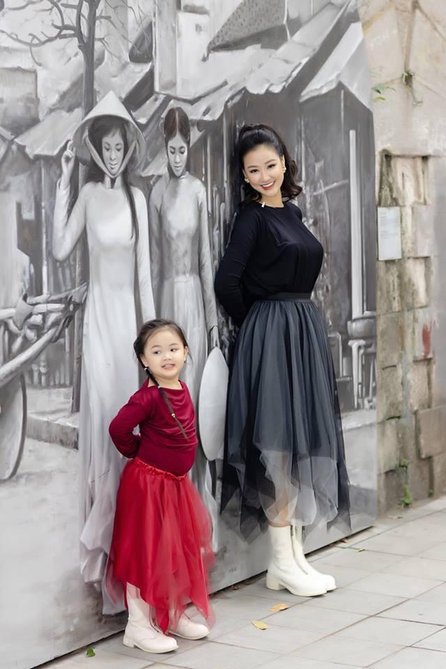 """Mẹ ruột Bảo trong Về nhà đi con"""" - Maya từng là nhân vật chính của cuộc đấu đá người thứ 3 kịch tính nhất showbiz Việt giờ lại có cuộc sống không ai ngờ tới-9"""