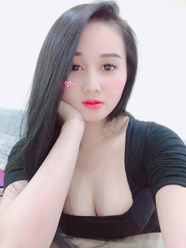 Dàn gái xinh xứ Nghệ khiến các cầu thủ Việt mê như điếu đổ-2