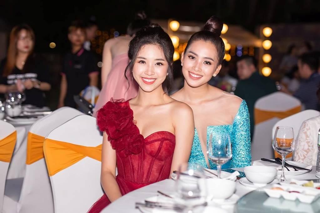 Phạm Hương gợi cảm hút mắt, Huyền My xinh đẹp tựa nữ thần-10