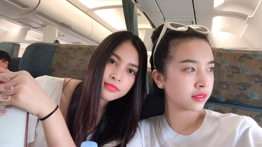 Phạm Hương gợi cảm hút mắt, Huyền My xinh đẹp tựa nữ thần-11