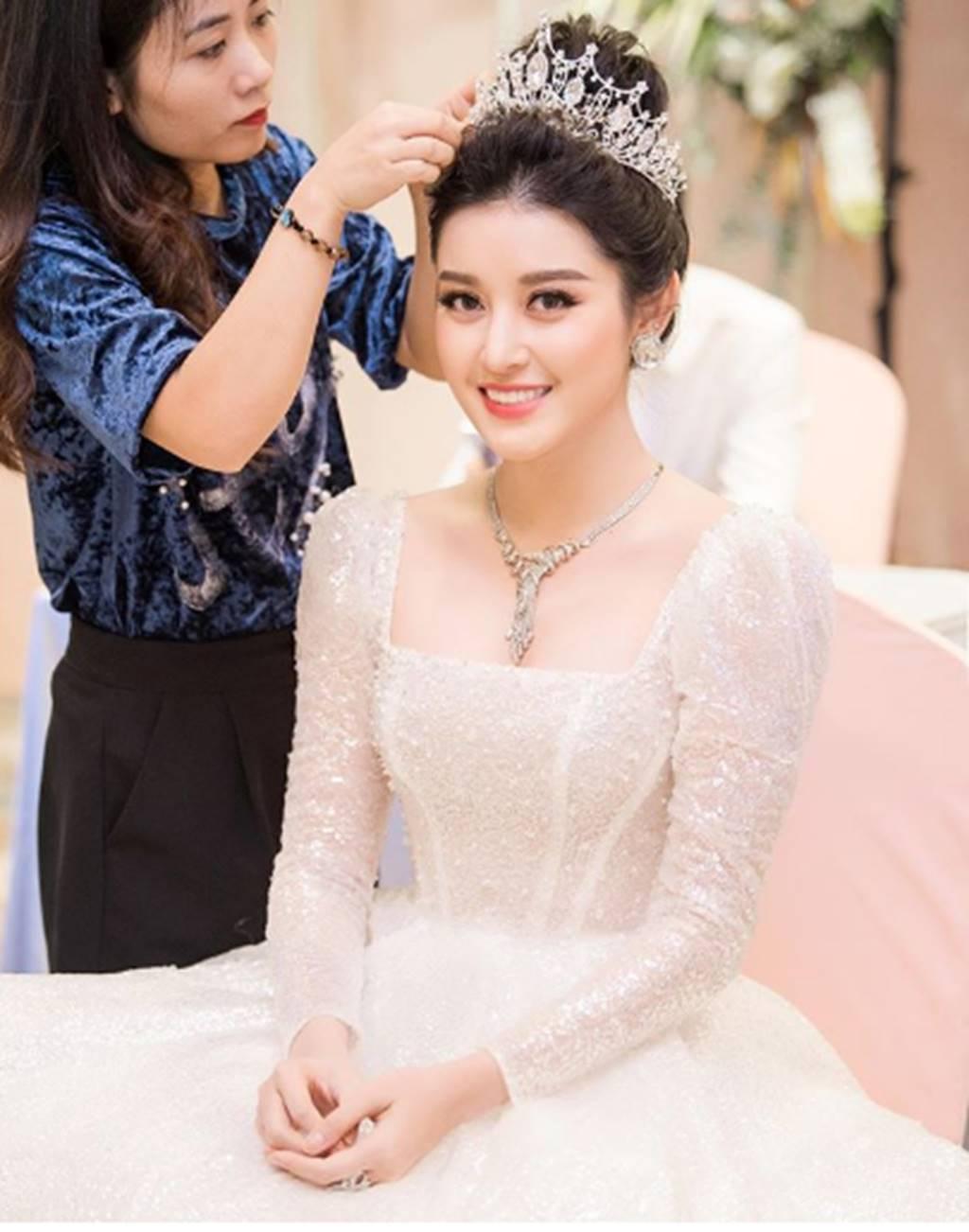 Phạm Hương gợi cảm hút mắt, Huyền My xinh đẹp tựa nữ thần-4