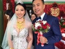 Cô dâu Hậu Giang đeo 30 cây vàng trong đám cưới sau gần 2 năm kết hôn giờ ra sao?