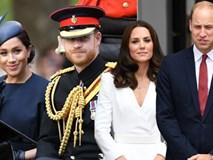 Rạn nứt khoét sâu gia đình hoàng gia: Vợ chồng Công nương Kate cố tình tránh mặt nhà em trai Harry - Meghan sau phát ngôn gây