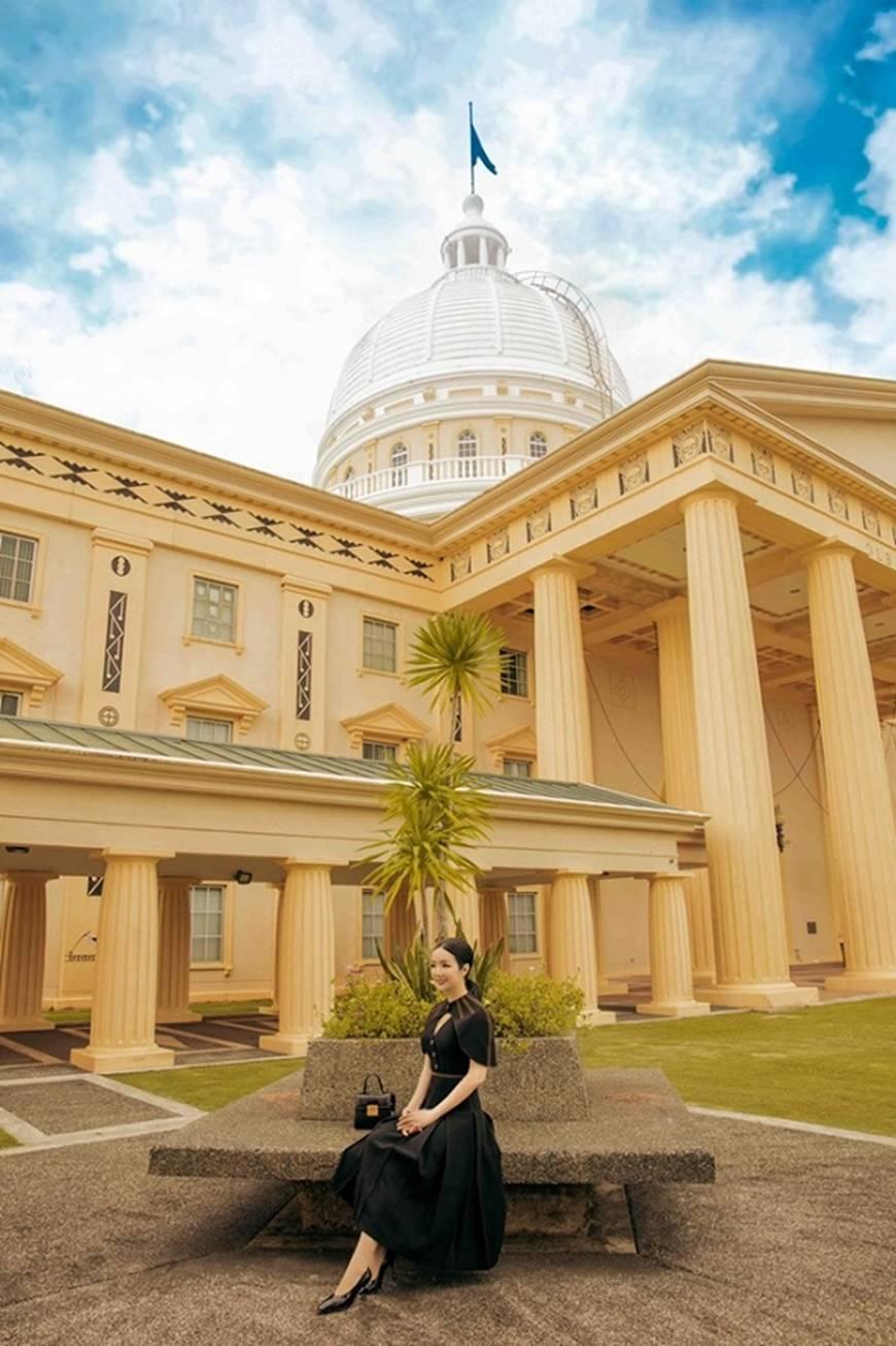 Hoa hậu Đền Hùng Giáng My toát lên phẩm chất quý cô khi dạo bước ở phủ tổng thống Palau-6