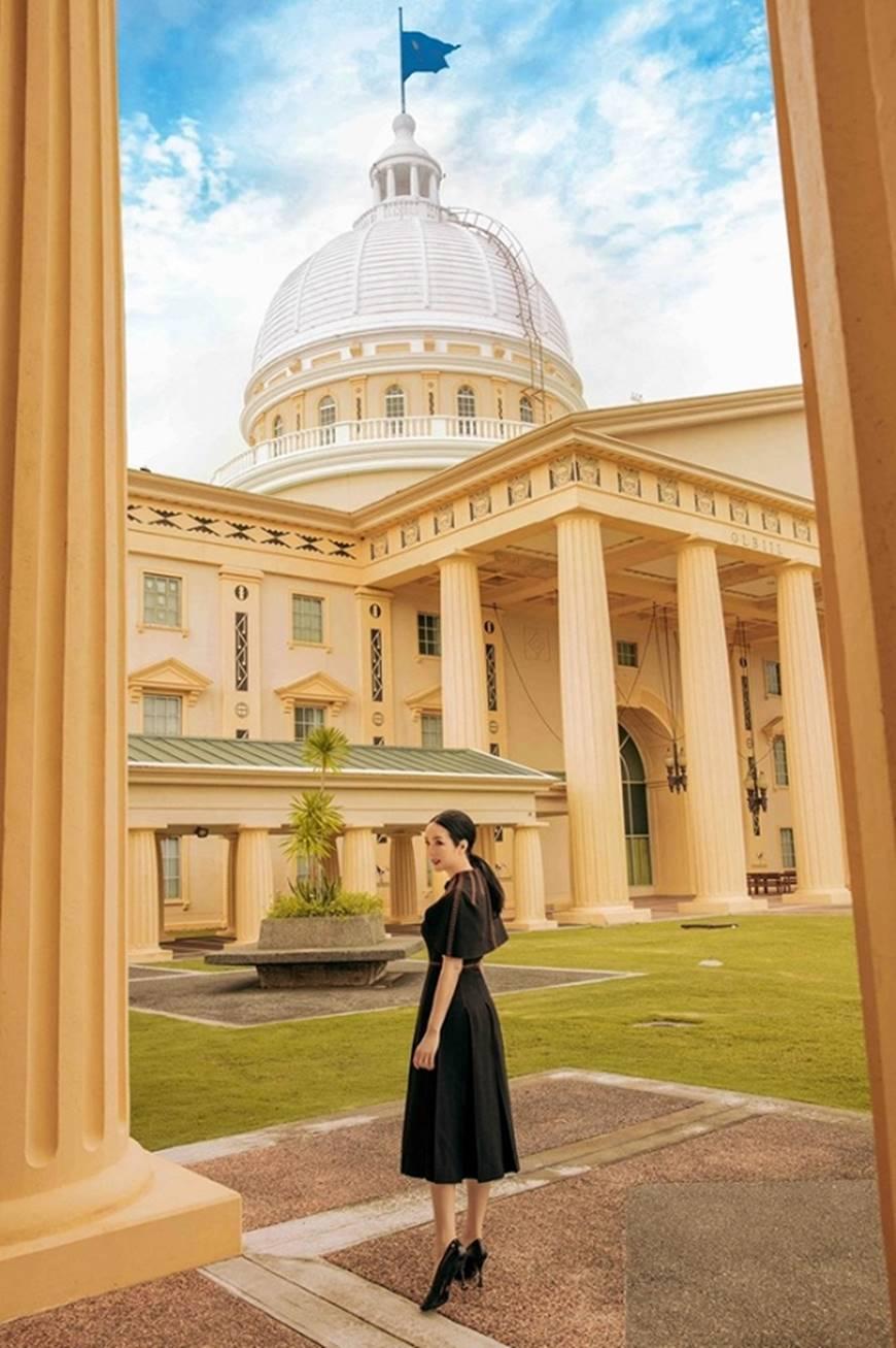 Hoa hậu Đền Hùng Giáng My toát lên phẩm chất quý cô khi dạo bước ở phủ tổng thống Palau-7