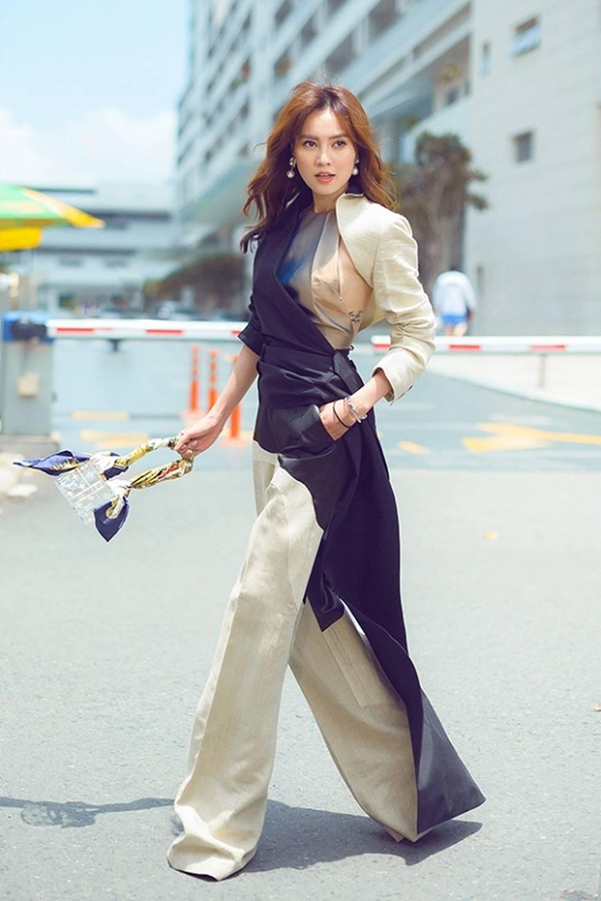 Mặc đầm dạ hội thì đẹp xuất sắc, đến lúc Ninh Dương Lan Ngọc khoe street style thì dân tình càng mê mệt hơn-11