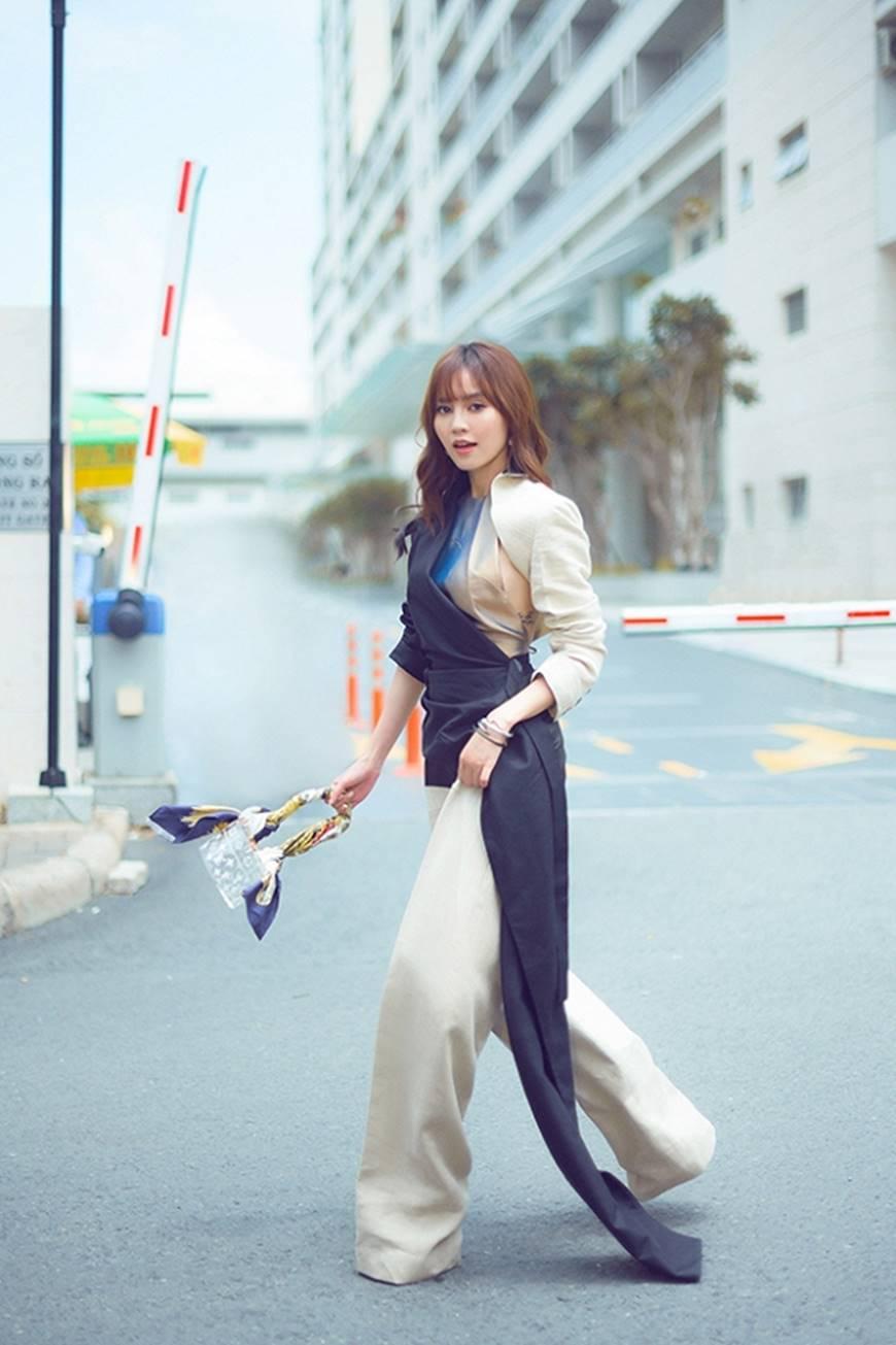 Mặc đầm dạ hội thì đẹp xuất sắc, đến lúc Ninh Dương Lan Ngọc khoe street style thì dân tình càng mê mệt hơn-12