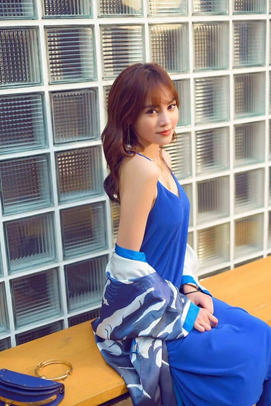 Mặc đầm dạ hội thì đẹp xuất sắc, đến lúc Ninh Dương Lan Ngọc khoe street style thì dân tình càng mê mệt hơn-13