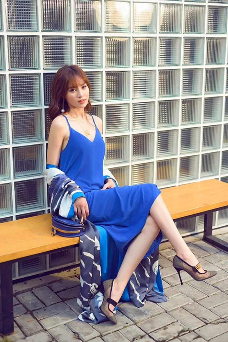 Mặc đầm dạ hội thì đẹp xuất sắc, đến lúc Ninh Dương Lan Ngọc khoe street style thì dân tình càng mê mệt hơn-15
