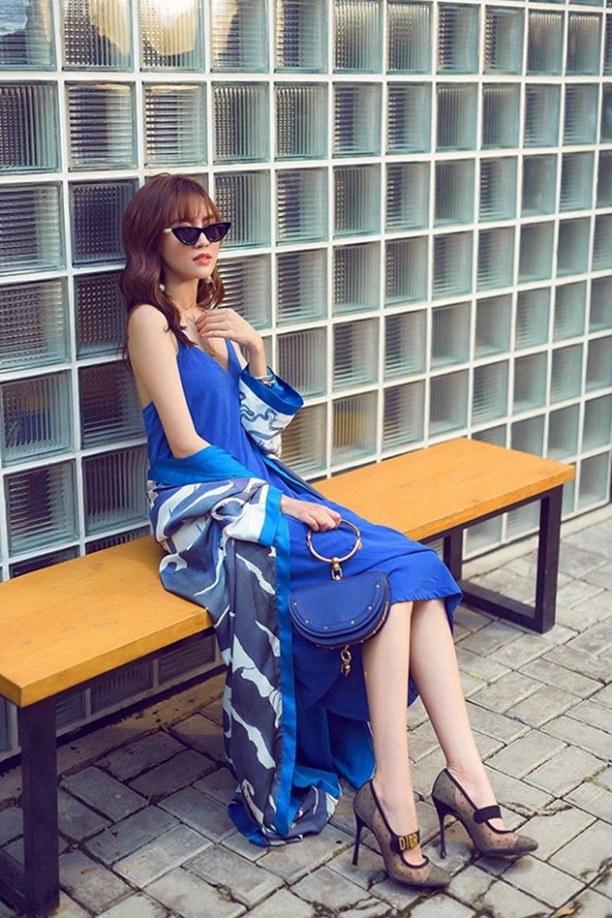 Mặc đầm dạ hội thì đẹp xuất sắc, đến lúc Ninh Dương Lan Ngọc khoe street style thì dân tình càng mê mệt hơn-16