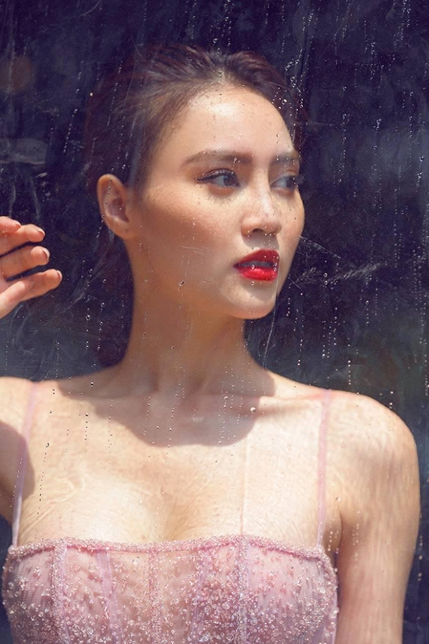 Mặc đầm dạ hội thì đẹp xuất sắc, đến lúc Ninh Dương Lan Ngọc khoe street style thì dân tình càng mê mệt hơn-17