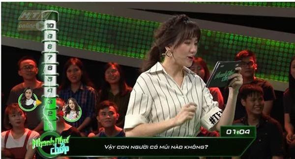 Nói tiếng Việt không sõi, Hari Won có xứng làm MC?-3