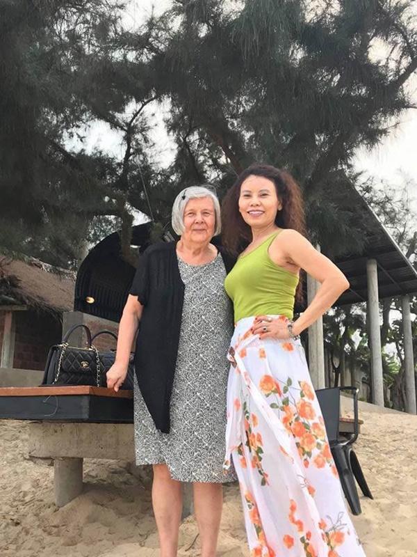 Kim Lý âu yếm Hồ Ngọc Hà tại tư gia Thụy Điển, fans chỉ mong nữ ca sĩ sớm trở thành dâu con trong nhà-12
