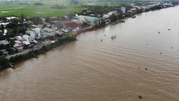 Flycam: Rùng mình với cảnh Quốc lộ 91 ở An Giang bị nuốt chửng-2