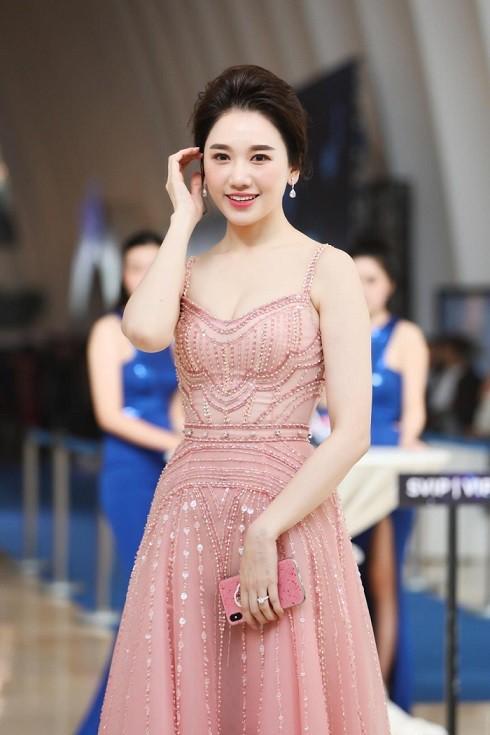 Hari Won có phải là một nghịch lý trong làng giải trí Việt?-3
