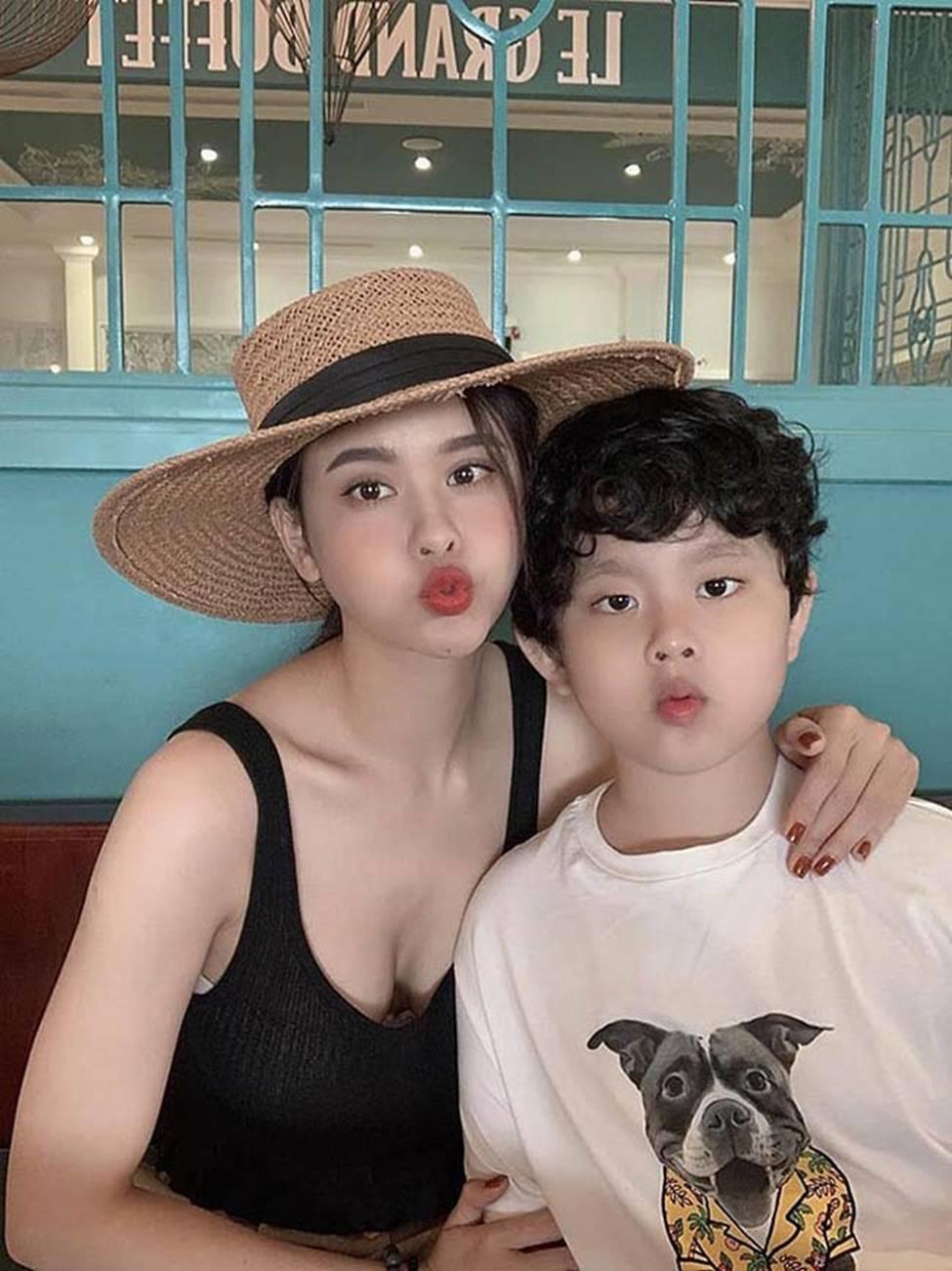 Hậu ly hôn, Trương Quỳnh Anh, Anh Thư thay đổi style ăn mặc-8