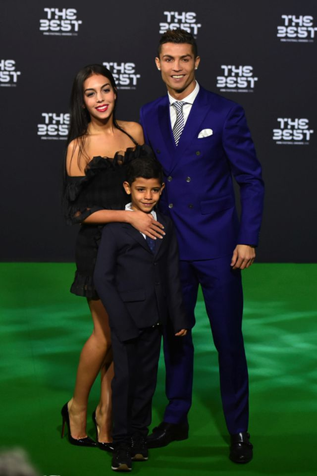 Tự nhận sống không dễ dàng, Georgina Rodríguez quyết không rời bỏ C.Ronaldo-1