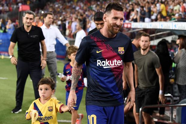 Messi phấn khích ra mặt khi chứng kiến người đóng thế mình lập cú đúp giải cứu Barca-1