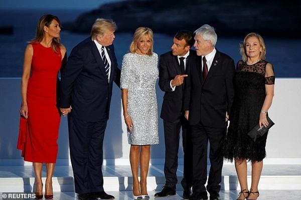 Đệ nhất phu nhân Pháp bỗng nhiên xinh đẹp xuất thần, lấn át cả bà Melania Trump khiến ai cũng phải ngước nhìn-1