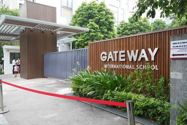 Viện kiểm sát quận Cầu Giấy mời người đưa đón trẻ trường Gateway lên làm việc lần 2-2