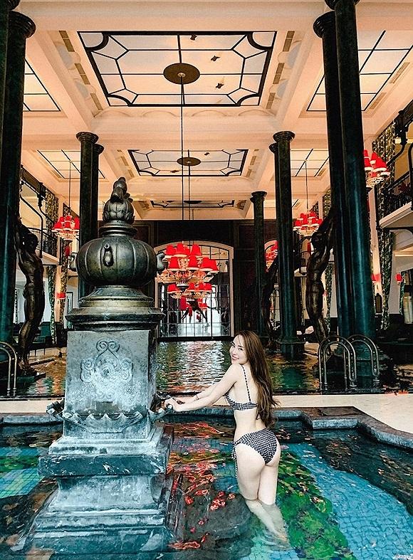 Diện bikini khoe vòng eo 55cm, Quỳnh Nga khiến fan dụi mắt vài lần-1