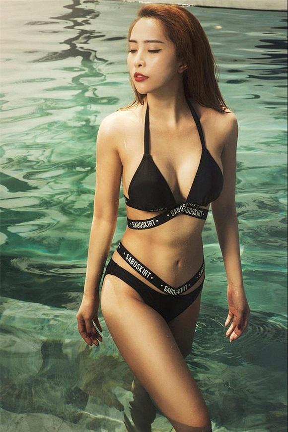 Diện bikini khoe vòng eo 55cm, Quỳnh Nga khiến fan dụi mắt vài lần-3